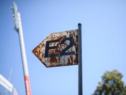 Alte Blockschilder geklaut - KSC würde auf Strafe verzichten