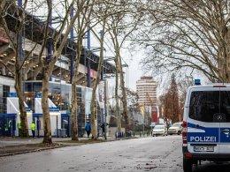 Randale: Busfahrer lädt Rostock-Fans im KFC-Bereich ab
