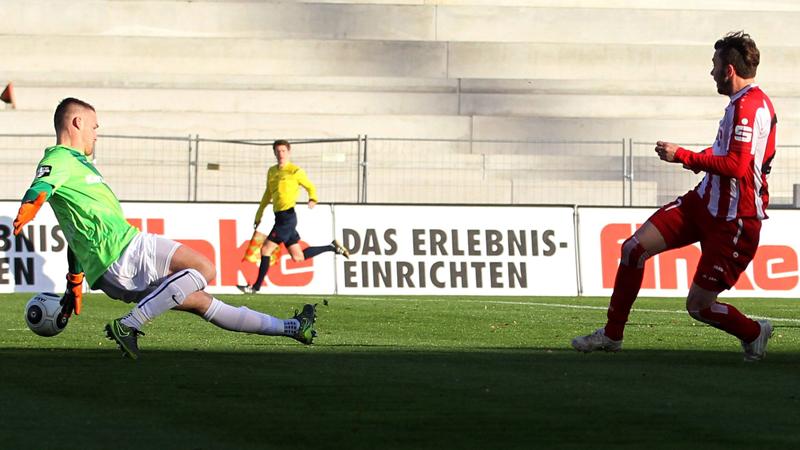 Top-Torj�ger: Das Kopf-an-Kopf-Rennen von Eilers und Beck