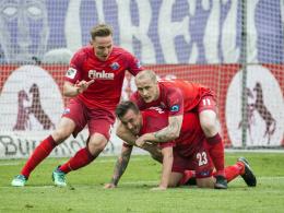 5:0! Paderborn schiebt die Tür zur 2. Liga ganz weit auf