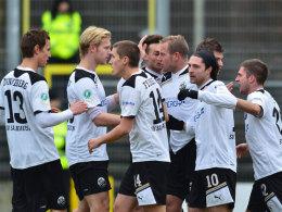 SV Sandhausen bejubelt den Sieg