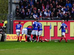 Lewerenz schie�t den VfB in die Regionalliga