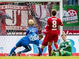 Andrists kurioser Treffer bringt Hansa den Sieg