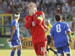 England dabei, �sterreich fast durch, Schweiz dreht 0:2