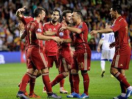 Spanien und Schweiz buchen EM-Ticket -