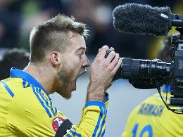 Souver�nes 2:0 - Ukraine legt vor