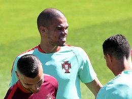 Zur�ck auf dem Platz: Pepe visiert das Finale an