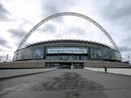 Rote Karte für Brüssel: Wembley springt ein