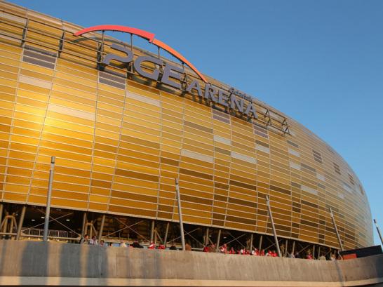 Aus dem Boden gestampft: Eigens f�r die EM 2012 wurde die PGE Arena in Danzig errichtet. Den Erstligisten Lechia Gda?sk freut das - denn hier empfangen sie nun ihre Gegner.