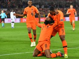 Oranje feiert, Frankreich bangt, DFB-Elf steigt ab