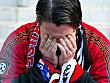Leverkusen-Fan weint