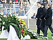 Oliver Bierhoff, Joachim L�w und J�rgen Klinsmann nehmen Abschied von Robert Enke