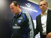 Huub Stevens und HSV-Vorstandsvorsitzende Bernd Hoffmann