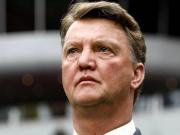 Fußball, Bundesliga: Louis van Gaal wird Trainer des FC Bayern.