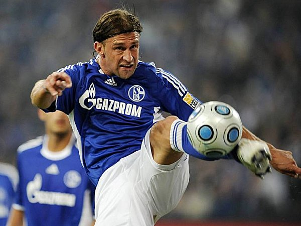 Fußball, Bundesliga: Marcelo Bordon (FC Schalke 04)