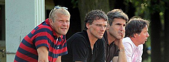 U-23-Trainer Frank Schaefer muss interimsweise übernehmen, Michael Henke und Zvonimir Soldo wurden am Sonntag entlassen.