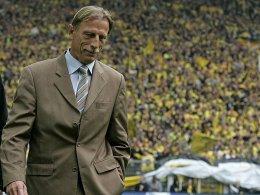 Die Niederlage beim deutschen Meister war sein letztes Spiel mit der Eintracht: Trainer Christoph Daum.