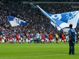 Das NRW-Duell Schalke gegen Köln sorgte nicht nur auf dem Rasen für Schlagzeilen.