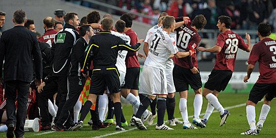 Bayern 2011-2012 Rudelbildung-1319387037_zoom15_crop_560x280_560x280+34+13