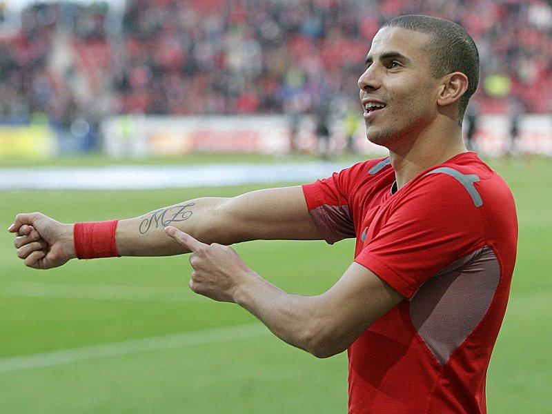 Nach Schm�hrufen: Zidan muss 6000 Euro zahlen - Bundesliga