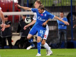 Begehrt: Der Hamburger SV hat Lech Posens Angreifer Artjoms Rudnevs (vorne) im Visier.