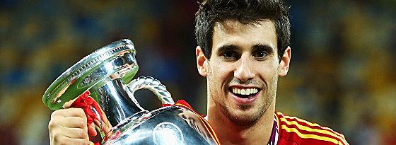Auch er darf sich Europameister nennen: Javi Martinez steht beim FCB im Fokus.