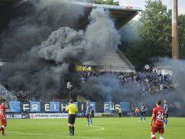 Rauchbomben in Saarbrücken. Erst am vergangenen Samstag fielen Fans aus der Rolle.