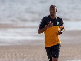 Wie geht es mit ihm weiter? Naldo, hier noch im Werder-Dress, wechselt möglicherweise doch nicht nach Wolfsburg.