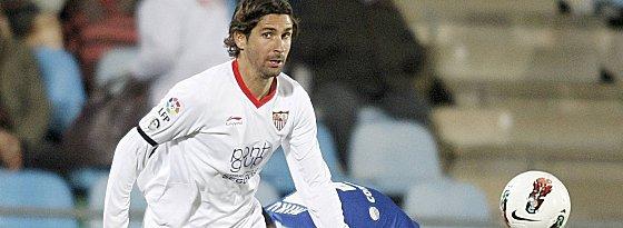 Nach titelreichen Jahren beim FC Sevilla zieht es ihn nun an den Bosporus: Julien Escudé.