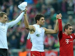 Manuel Neuer, Mario Gomez und Philipp Lahm (v.l.)