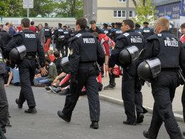 Wenn Nürnberger und Fürther aufeinandertreffen ist meist die Polizei gefordert.