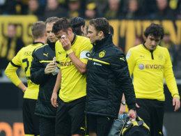 Sebastian Kehl muss gegen Stuttgart vom Platz