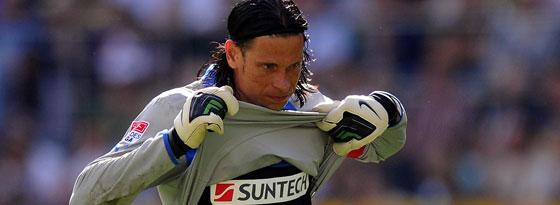 Wieder verletzt und zum Zuschauen verdammt: Hoffenheims Torwart Tim Wiese.