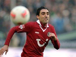 Fehlt gegen Fürth: Hannovers Stürmer Mohammed Abdellaoue.