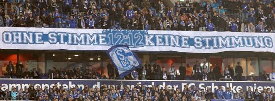 Banner bei Schalke 04