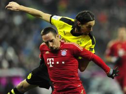 Sorgenkind: Dortmunds Innenverteidiger Neven Subotic, hier obenauf gegen Münchens Franck Ribery, hat sich verletzt.