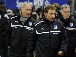 Hoffenheims Manager Andreas Müller (li.) mit Interimstrainer Frank Kramer (m.).
