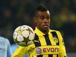 Holte sich gegen Mechelen eine blutige Nase: Dortmunds Innenverteidiger Felipe Santana.