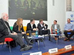 Das hochkarätig besetzte Podium: Prof. Dr. Pilz, Hagel, Rettig, Jakob, Bader und Gabriel (v.l.).