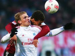 Goalgetter: Hamburgs Rudnevs, vorne gegen Nürnbergs Chandler, erzielte das 1:0.