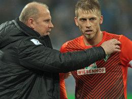 Bremens Coach Thomas Schaaf stellt Aaron Hunt auf die Dortmund-Aufgabe ein.