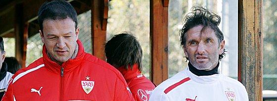 Einigung steht bevor: Fredi Bobic (links) will mit Bruno Labbadia in den nächsten Tagen verlängern.