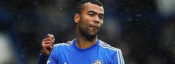 Bleibt den Blues treu: Ashley Cole wird beim FC Chelsea verlängern.