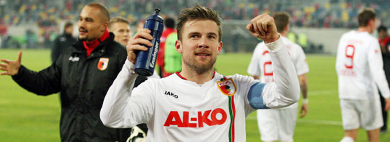 Treue Augsburger Seele: Daniel Baier bindet sich bis 2016 an den FCA.
