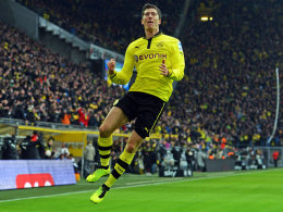 Pure Freude in Minute 17: Robert Lewandowski traf zum 1:0 gegen den HSV.