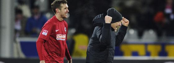 Freiburgs Coach Christian Streich und Kapitän Julian Schuster