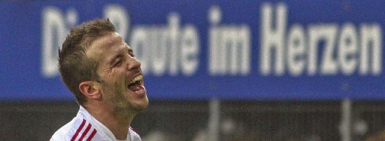 Ein persönlicher Befreiungsschlag: Rafale van der Vaart markiert den 1:0-Siegtreffer gegen Gladbach.
