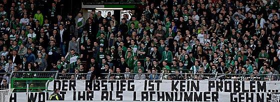 Klare Botschaft: Groß ist der Frust der Fürther Fans ob des desaströsen Abschneidens ihrer Mannschaft in der Bundesliga.