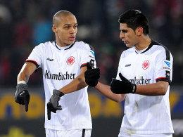 Carlos Zambrano (r.) ist auf dem Heimweg aus Peru und kann in Fürth wohl spielen.