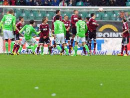 Diego trifft früh zum 1:0 für Wolfsburg.